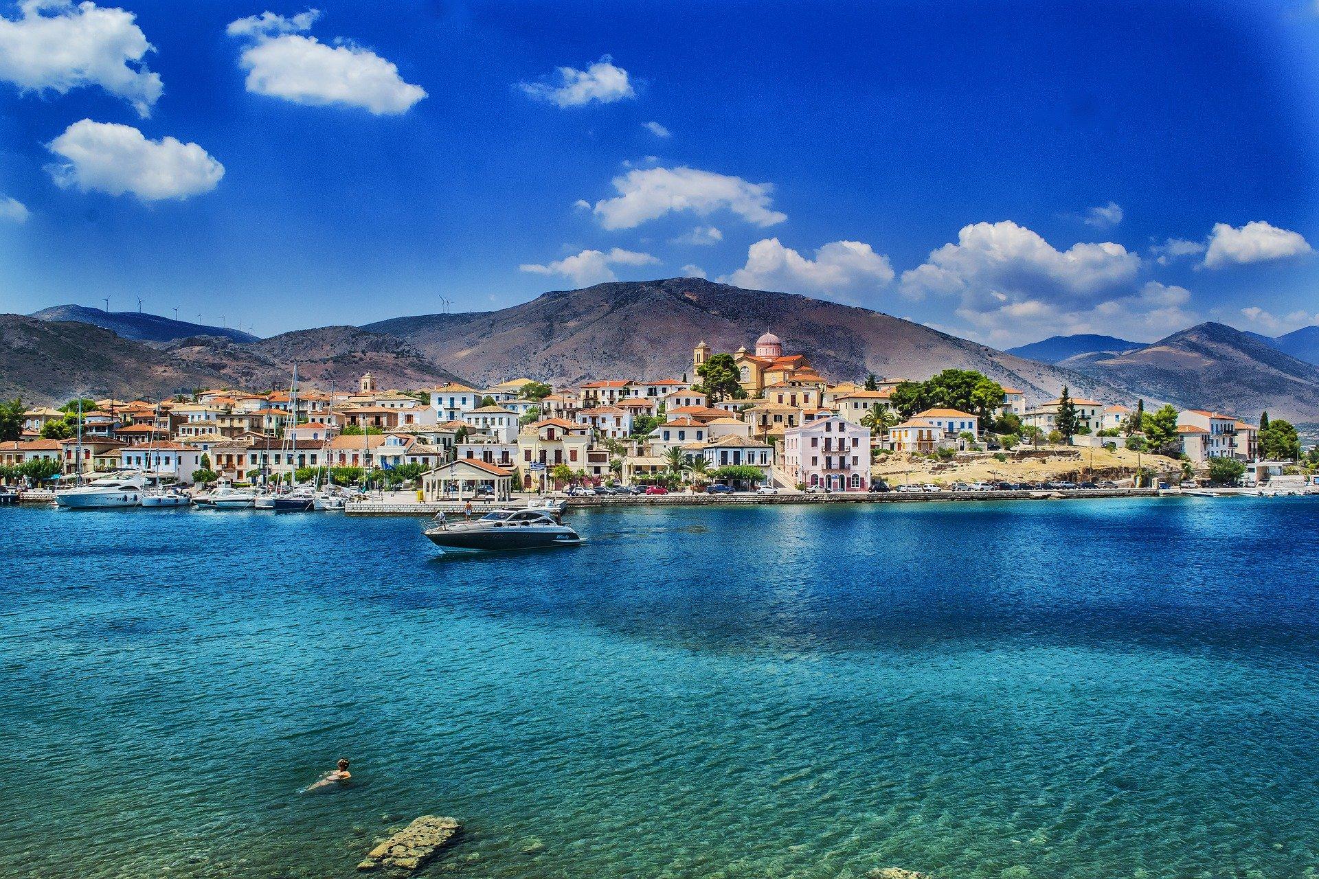Walking Trips for Women to Greece